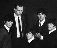 George_and_beatles