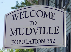 Mudvillewelcomesign_250